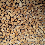 """""""Great service and fantastic dry logs. At last a great supplier. Cheers Bob"""""""